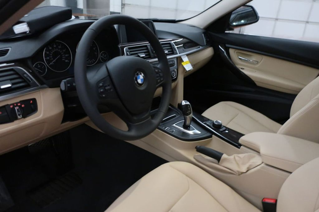 2018 BMW 3 Series 320i - 16954636 - 27