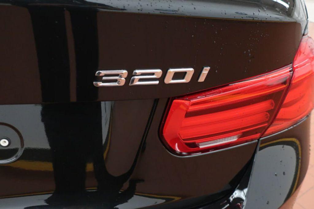 2018 BMW 3 Series 320i - 16954636 - 3