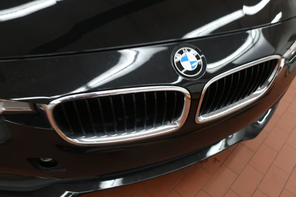 2018 BMW 3 Series 320i - 16954636 - 8