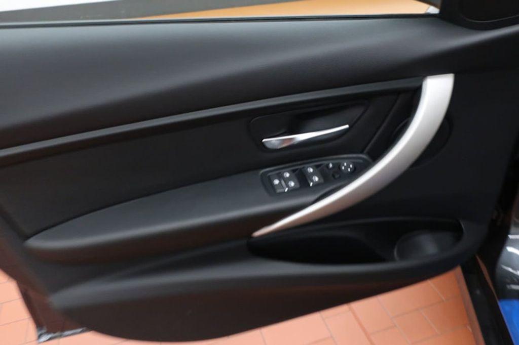 2018 BMW 3 Series 320i - 16959046 - 9