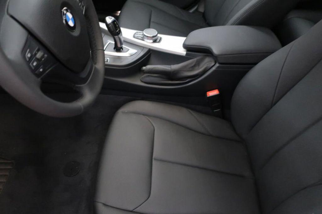 2018 BMW 3 Series 320i - 16959046 - 12