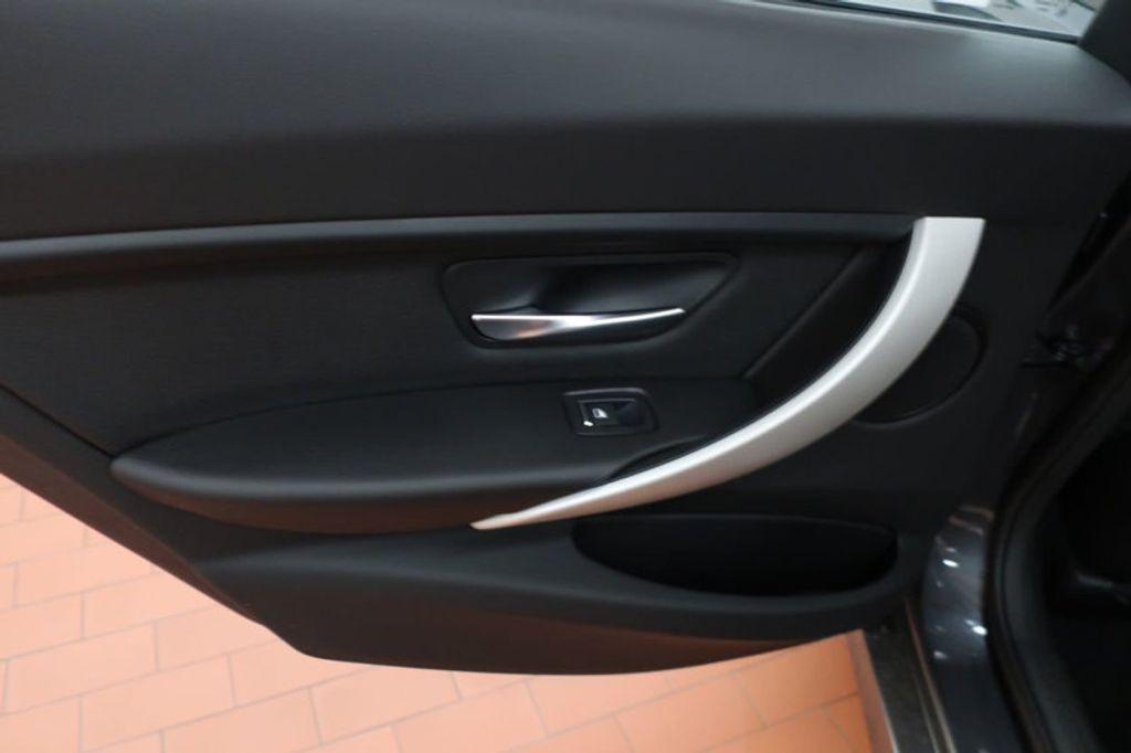 2018 BMW 3 Series 320i - 16959046 - 18