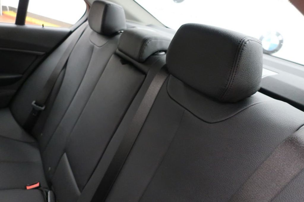 2018 BMW 3 Series 320i - 16959046 - 23