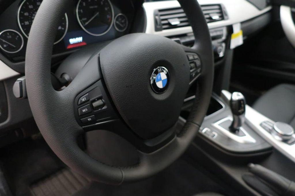 2018 BMW 3 Series 320i - 16959046 - 26
