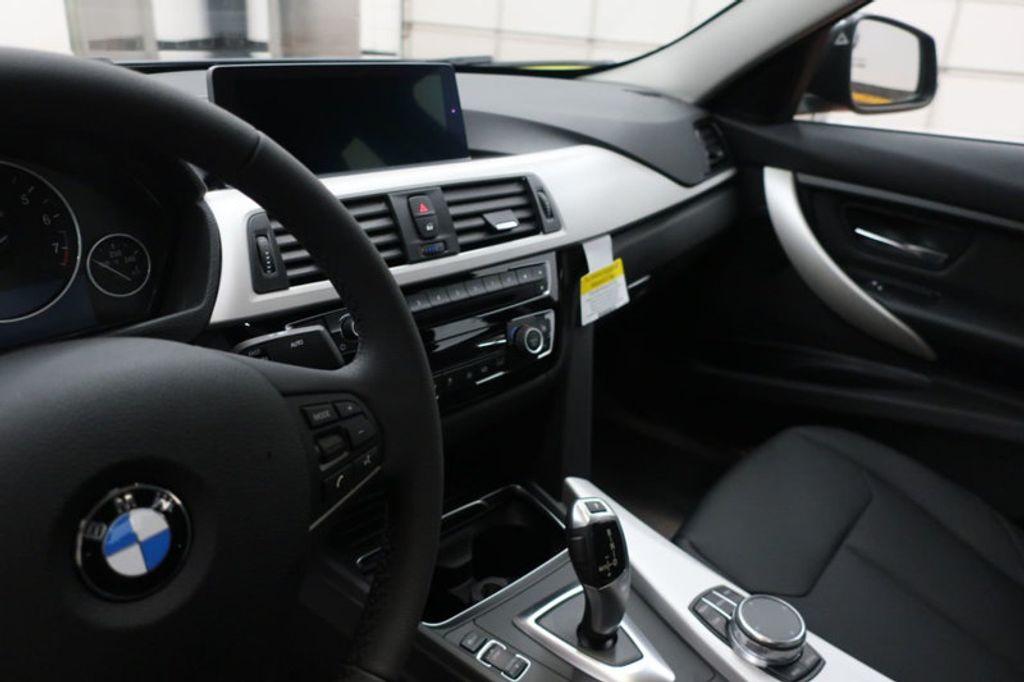 2018 BMW 3 Series 320i - 16959046 - 27