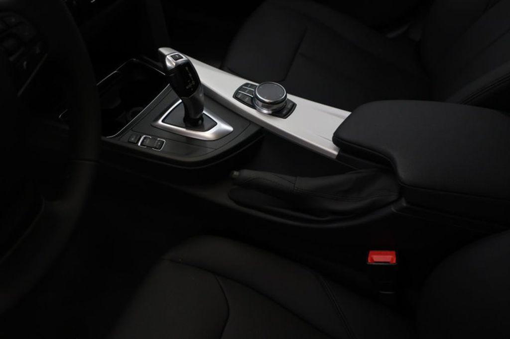 2018 BMW 3 Series 320i - 16959046 - 28