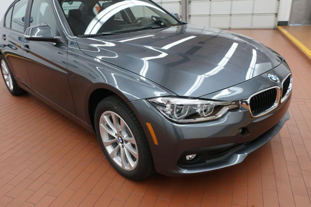 2018 BMW 3 Series 320i - 16959046 - 5