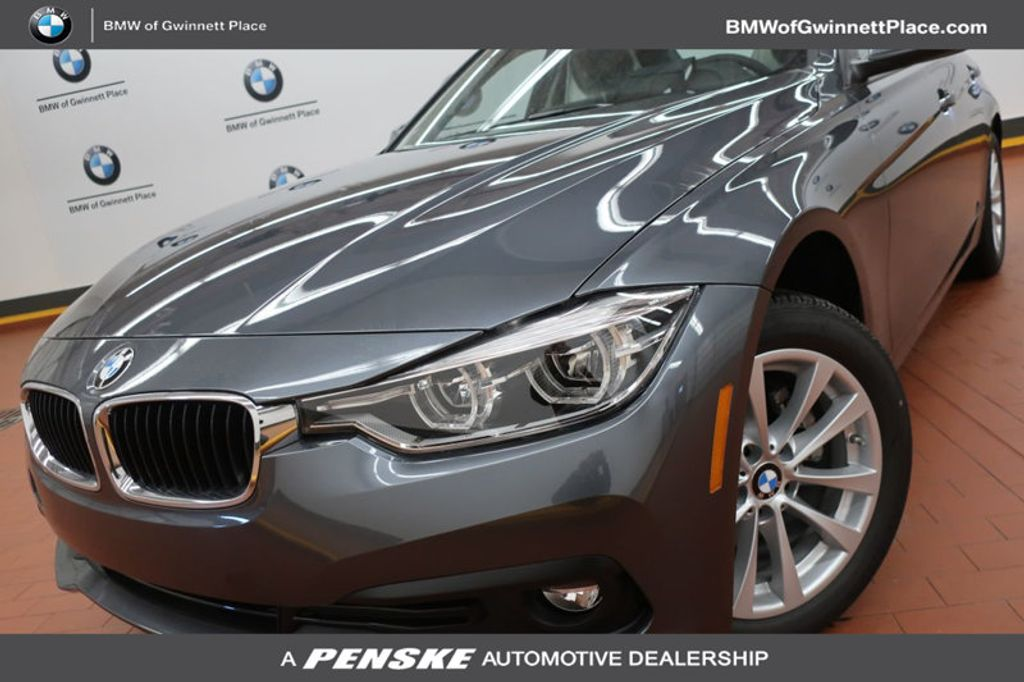 2018 BMW 3 Series 320i - 17096817 - 0