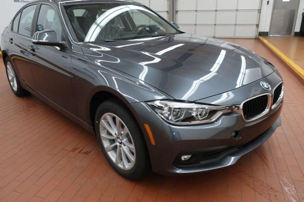 2018 BMW 3 Series 320i - 17096817 - 5