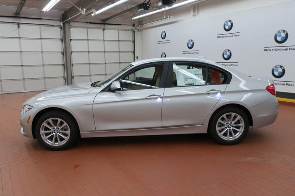 2018 BMW 3 Series 320i - 17176000 - 1
