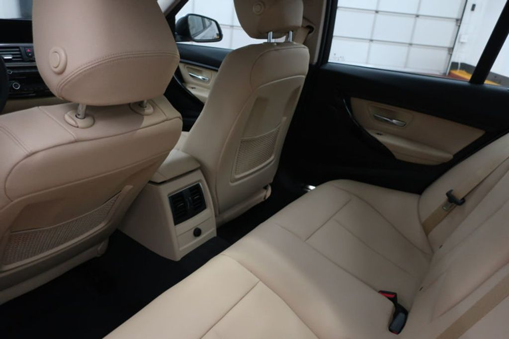 2018 BMW 3 Series 320i - 17176000 - 22