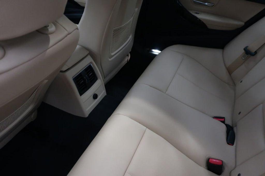 2018 BMW 3 Series 320i - 17176000 - 23