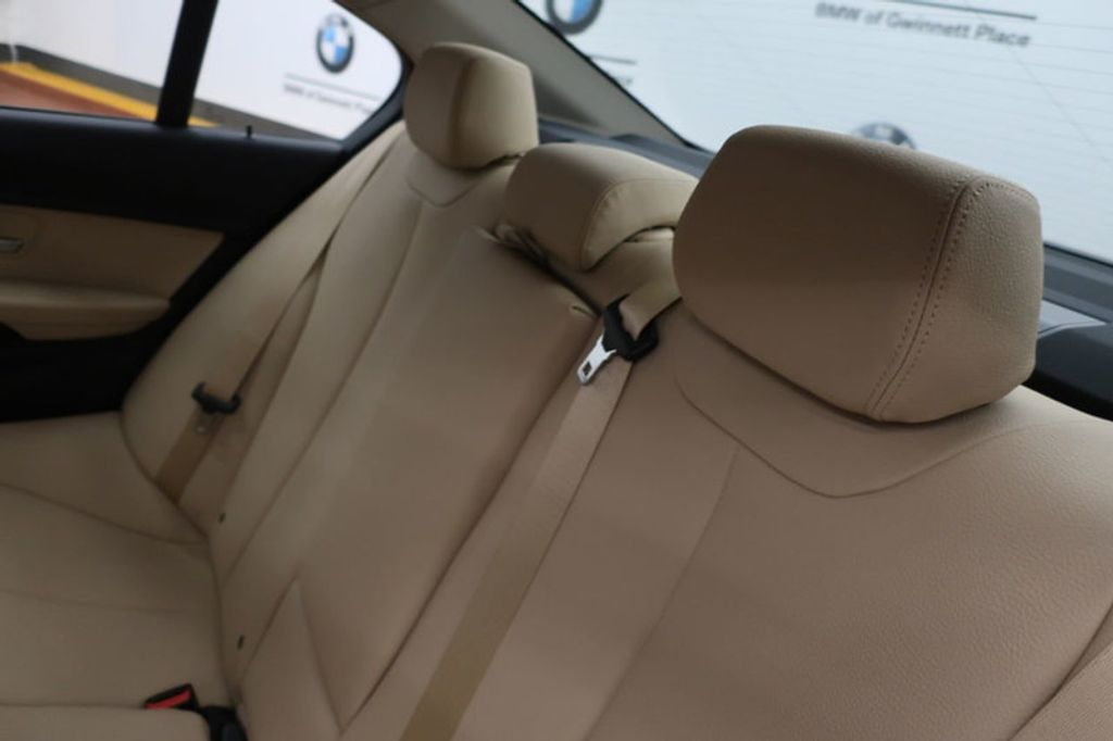 2018 BMW 3 Series 320i - 17176000 - 25
