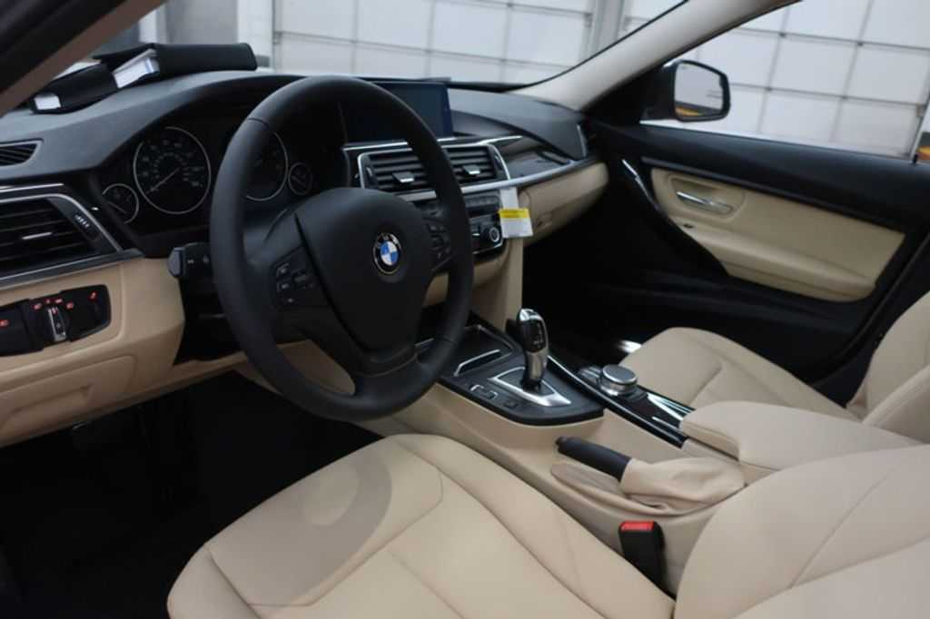 2018 BMW 3 Series 320i - 17176000 - 27