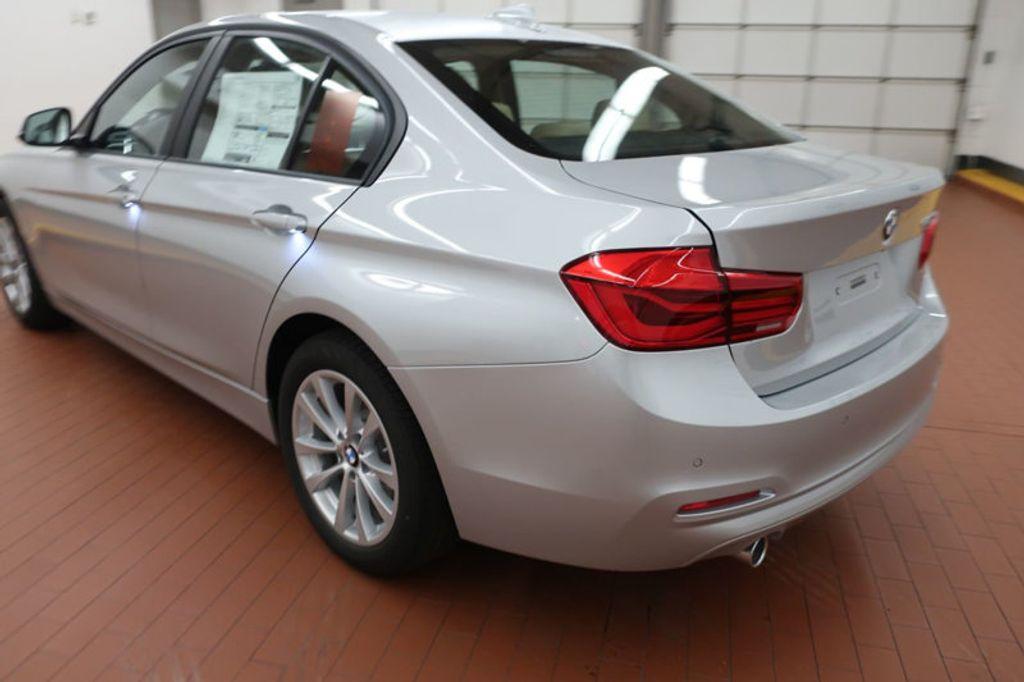2018 BMW 3 Series 320i - 17176000 - 2
