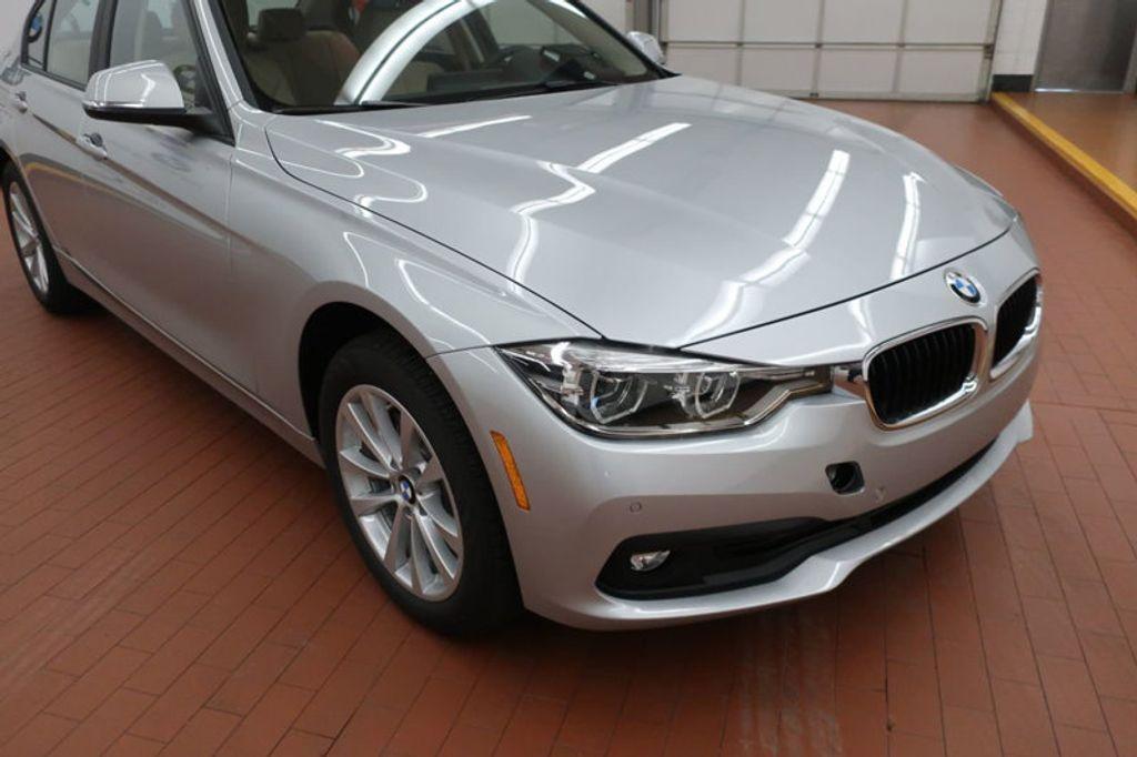 2018 BMW 3 Series 320i - 17176000 - 7