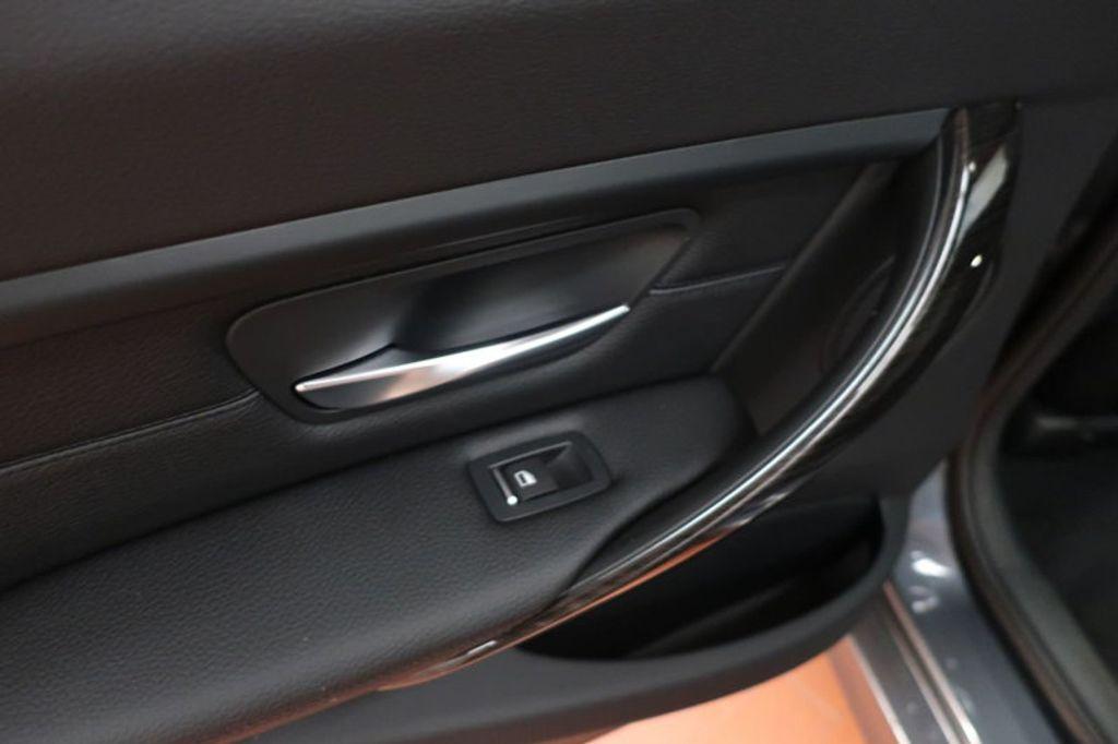 2018 BMW 3 Series 320i - 17176029 - 16