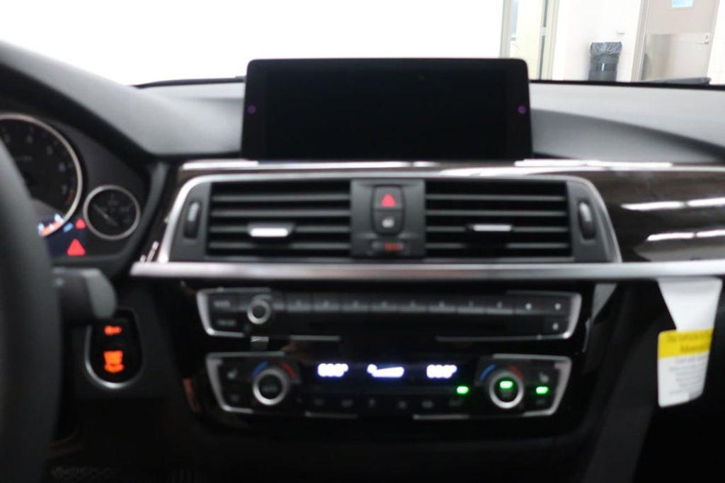2018 BMW 3 Series 320i - 17176029 - 24