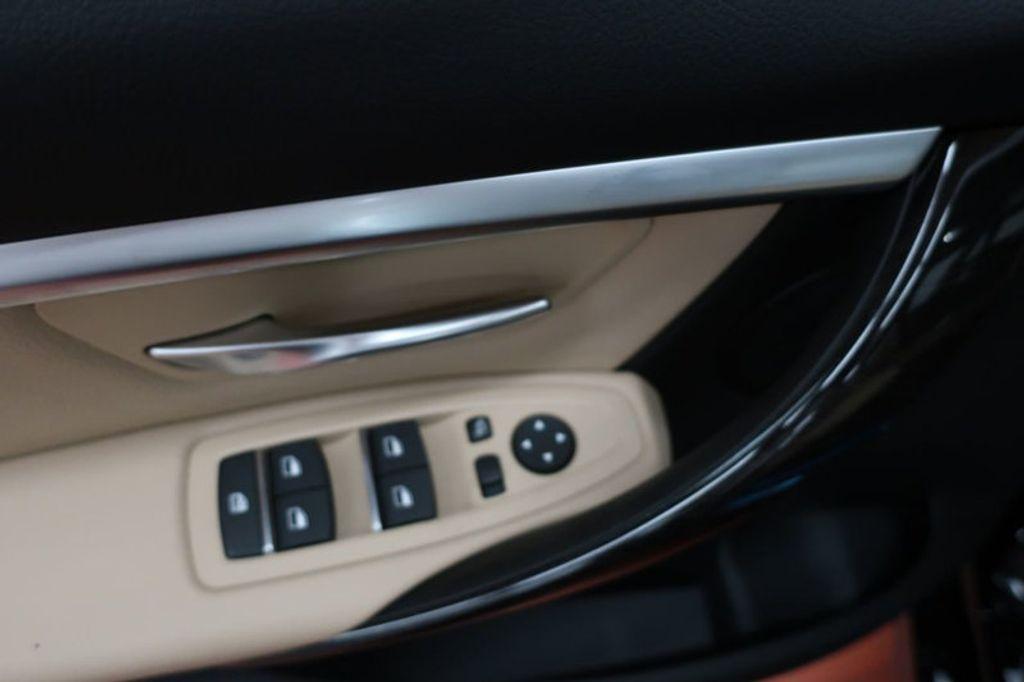2018 BMW 3 Series 330e iPerformance Plug-In Hybrid - 16773274 - 10