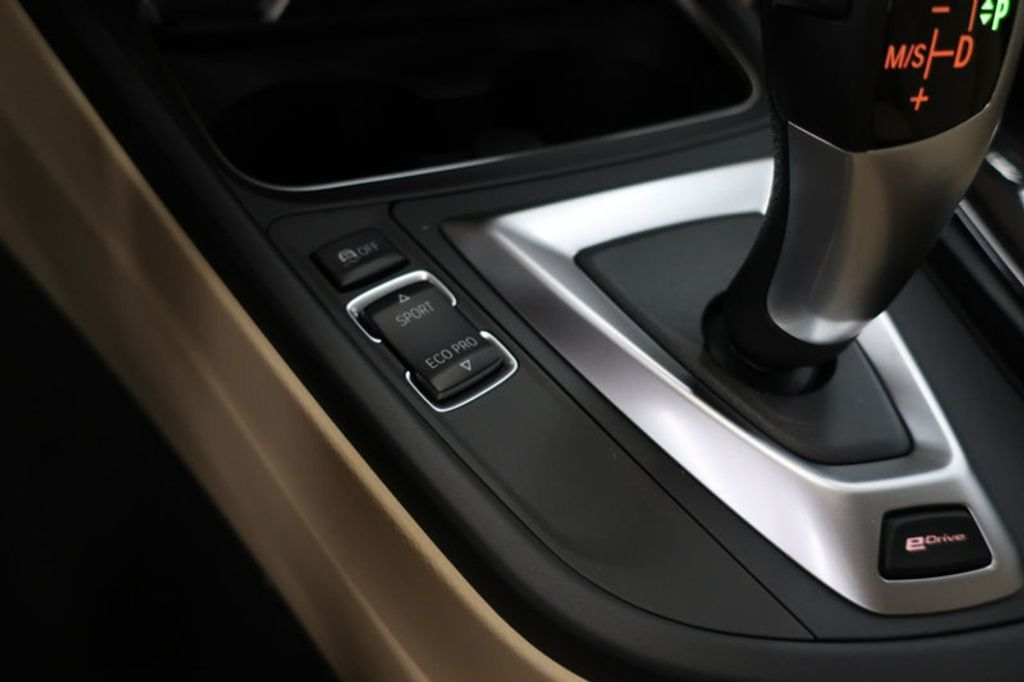 2018 BMW 3 Series 330e iPerformance Plug-In Hybrid - 16773274 - 38