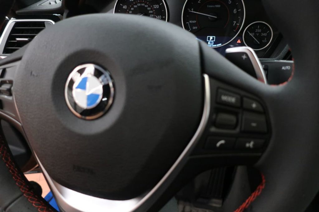 2018 BMW 3 Series 330e iPerformance Plug-In Hybrid - 16791448 - 31