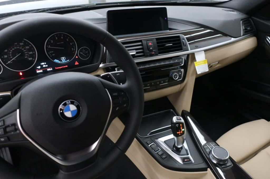 2018 BMW 3 Series 330e iPerformance Plug-In Hybrid - 17195410 - 30