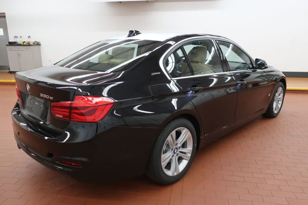 2018 BMW 3 Series 330e iPerformance Plug-In Hybrid - 17195410 - 3