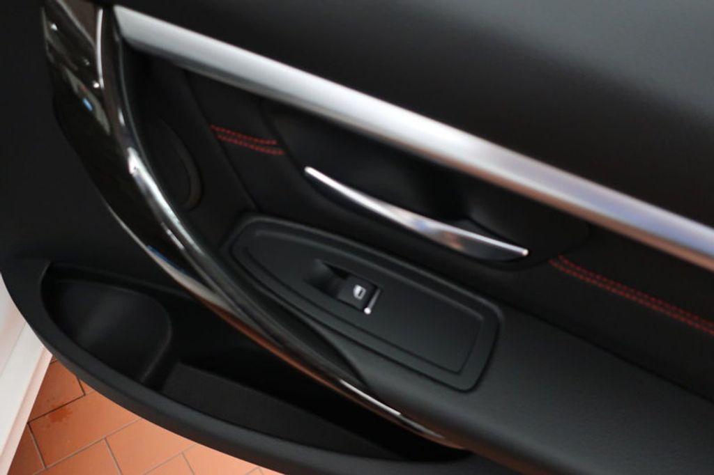 2018 BMW 3 Series 330i - 16688729 - 24