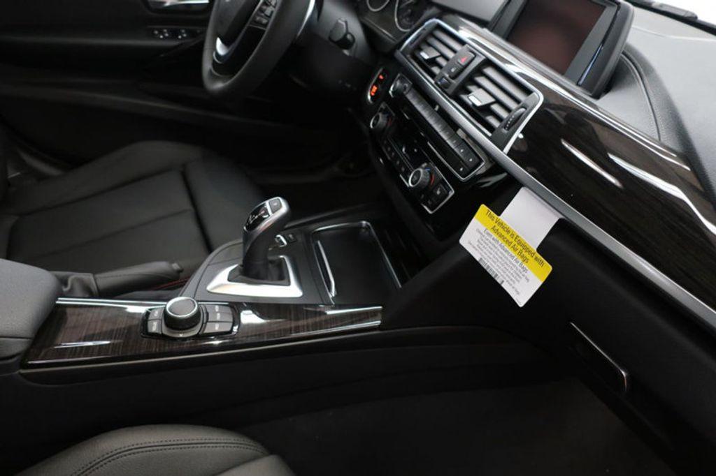 2018 BMW 3 Series 330i - 16688729 - 28