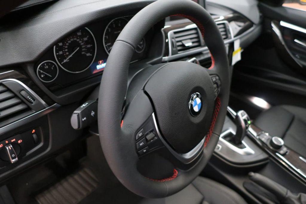 2018 BMW 3 Series 330i - 16688729 - 31