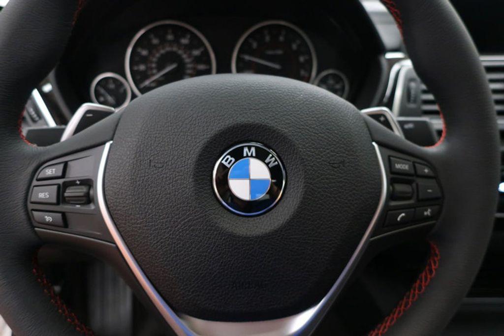 2018 BMW 3 Series 330i - 16688729 - 34