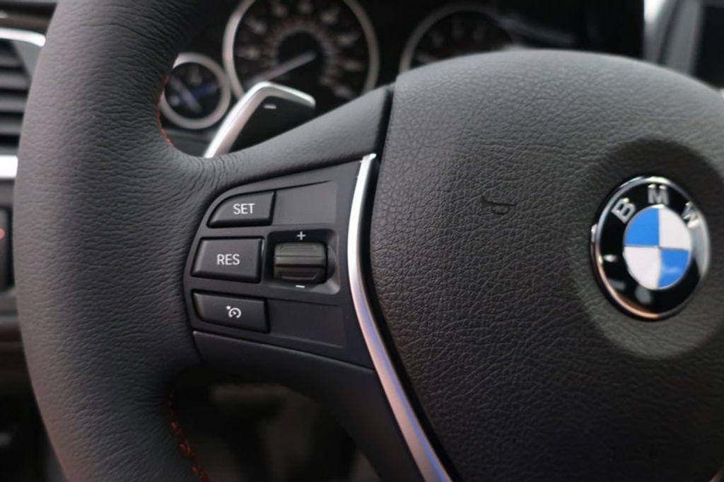 2018 BMW 3 Series 330i - 16688729 - 35