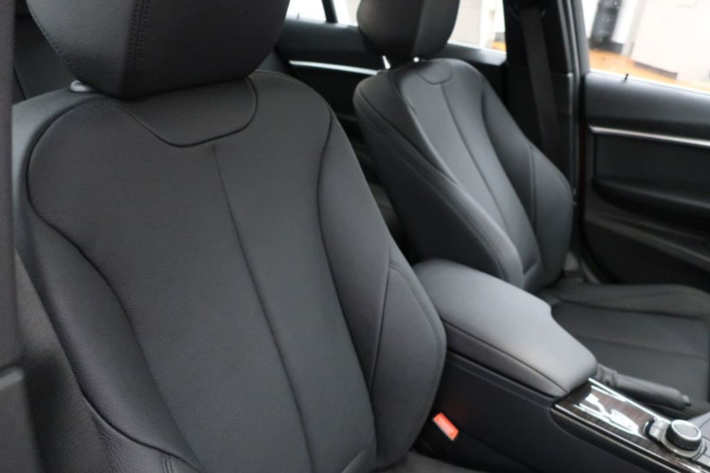 2018 BMW 3 Series 330i - 16727817 - 25