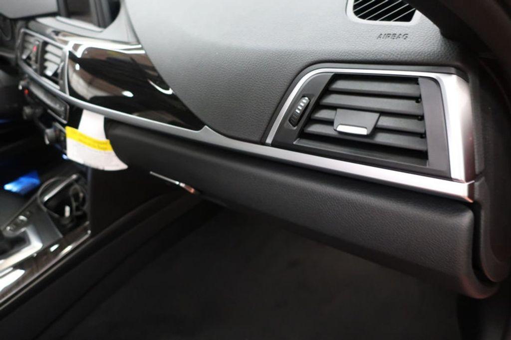 2018 BMW 3 Series 330i - 16727817 - 28