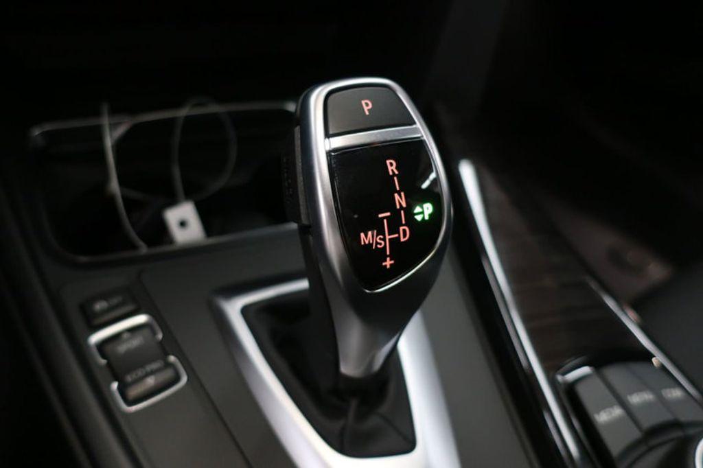2018 BMW 3 Series 330i - 16727817 - 39