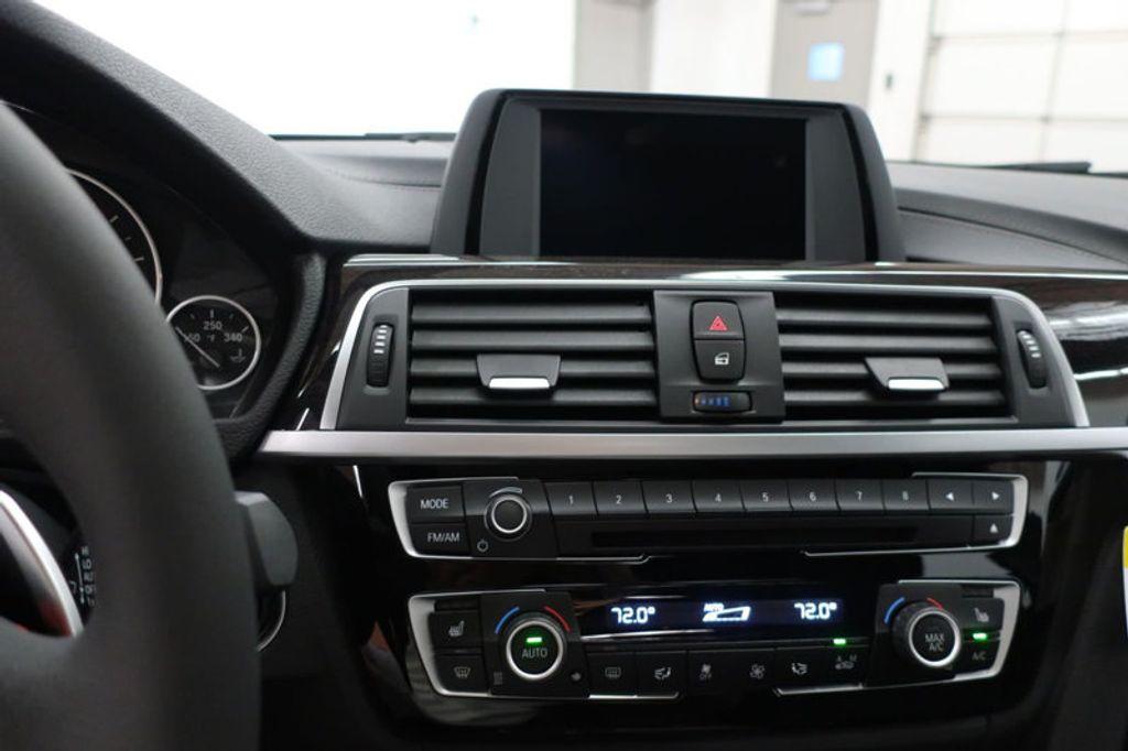 2018 BMW 3 Series 330i - 16727817 - 42