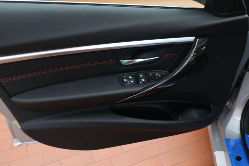 2018 BMW 3 Series 330i - 16904553 - 9