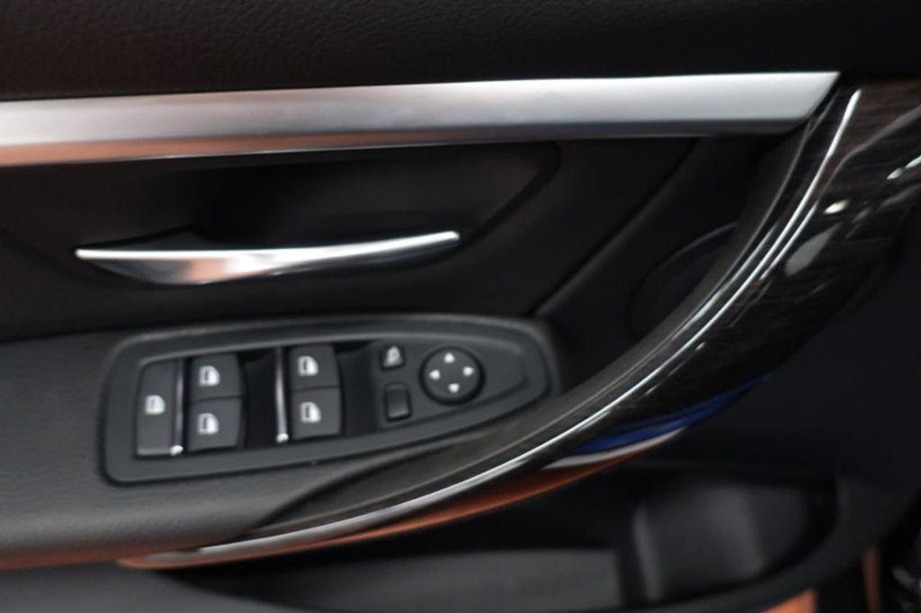 2018 BMW 3 Series 330i - 16904558 - 11