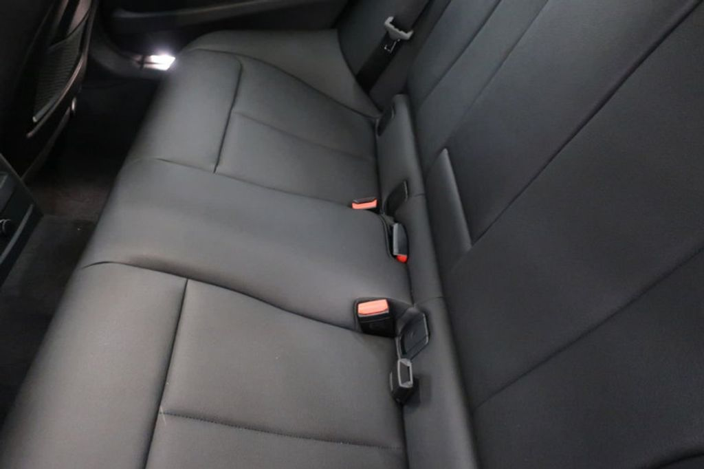2018 BMW 3 Series 330i - 16904558 - 22