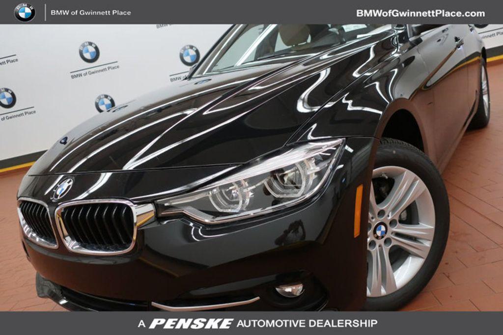 2018 BMW 3 Series 330i - 16912375 - 0