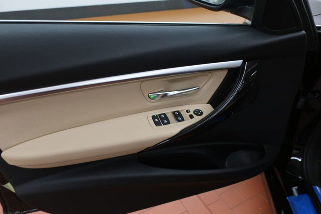 2018 BMW 3 Series 330i - 16912375 - 9