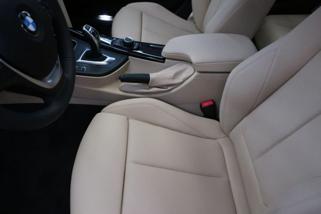 2018 BMW 3 Series 330i - 16912375 - 12