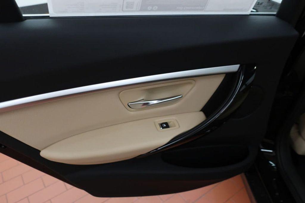 2018 BMW 3 Series 330i - 16912375 - 18