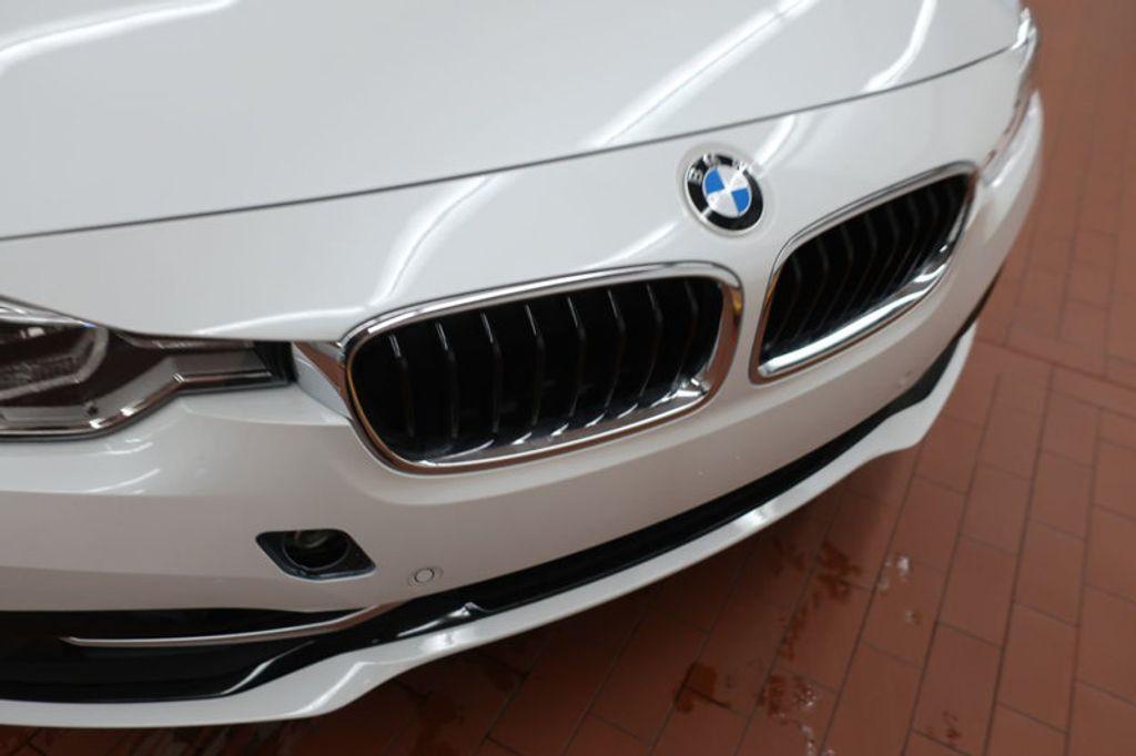 2018 BMW 3 Series 330i - 17176026 - 9