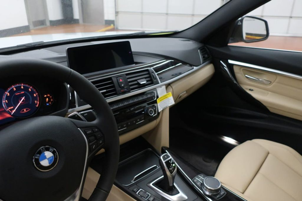 2018 BMW 3 Series 330i - 17176026 - 29