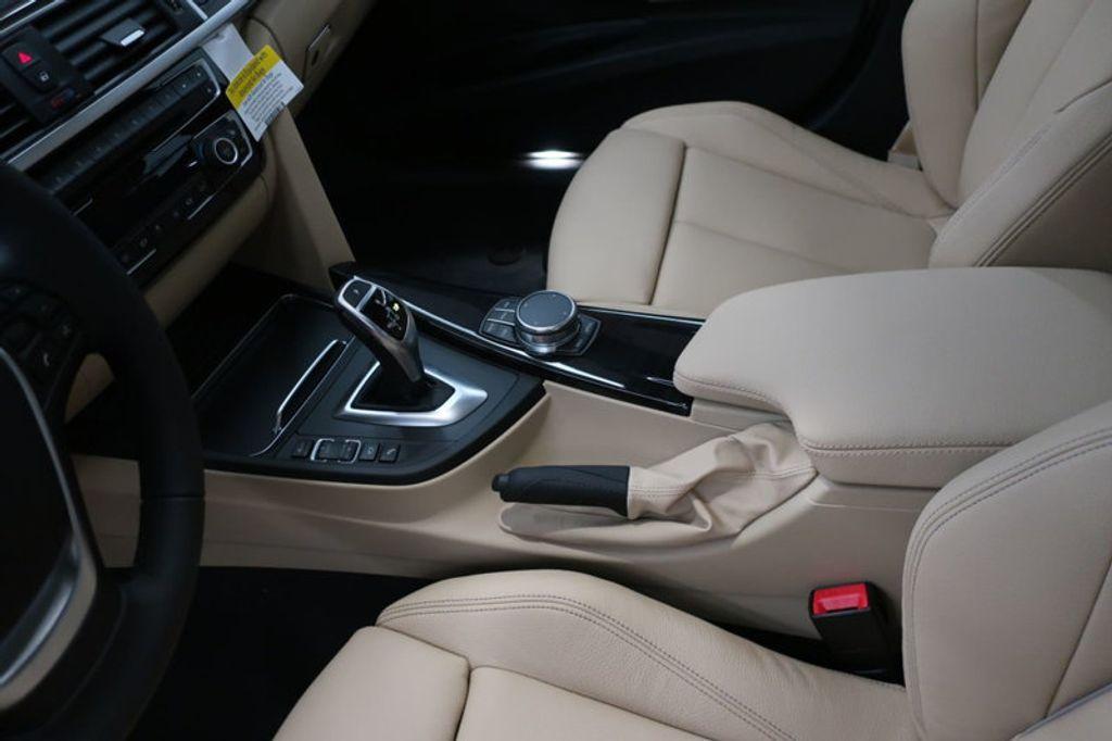 2018 BMW 3 Series 330i - 17176026 - 30