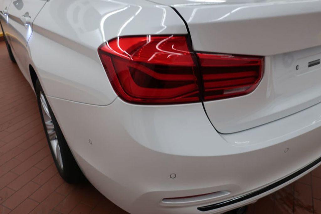 2018 BMW 3 Series 330i - 17176026 - 3