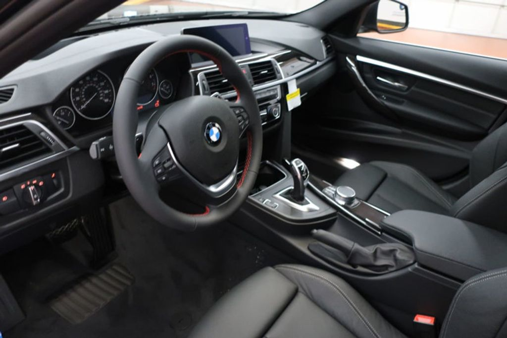 2018 BMW 3 Series 330i xDrive Sports - 16698639 - 14