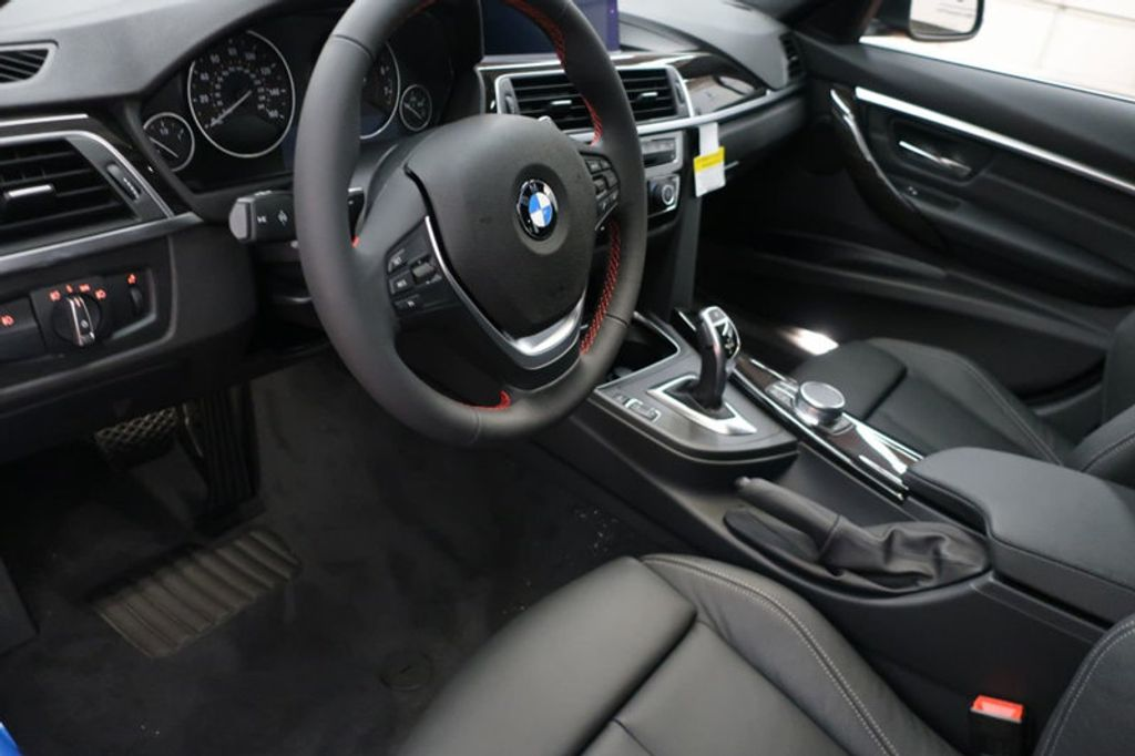 2018 BMW 3 Series 330i xDrive Sports - 16698639 - 27