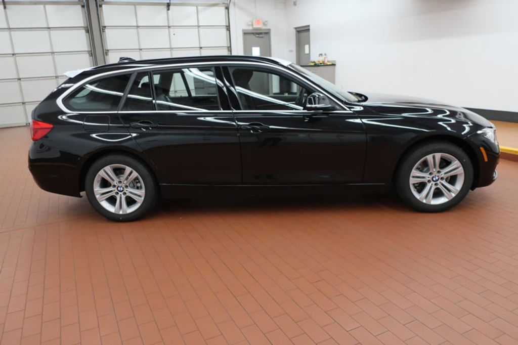 2018 BMW 3 Series 330i xDrive Sports - 16698639 - 4